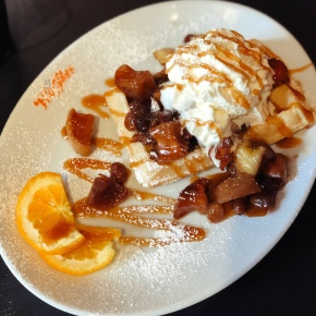 The fabulous apple pie waffle